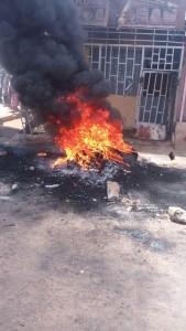 [BREAKING NEWS]***  Suspected Kidnapper  Set Ablaze In Kaduna